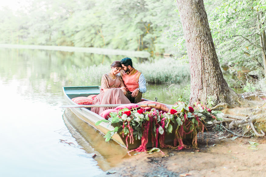 Top 10 locations for Engagement Photos around Washington DC. Gorgeous Engagement Photos in Burke Lake Virginia by Snowdrop Photography