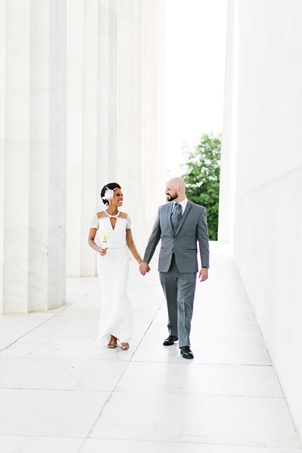 Top 10 locations for Engagement Photos around  DC. Wedding at Lincoln Monument and Reflecting pool, Washington DC by Snowdrop Photography