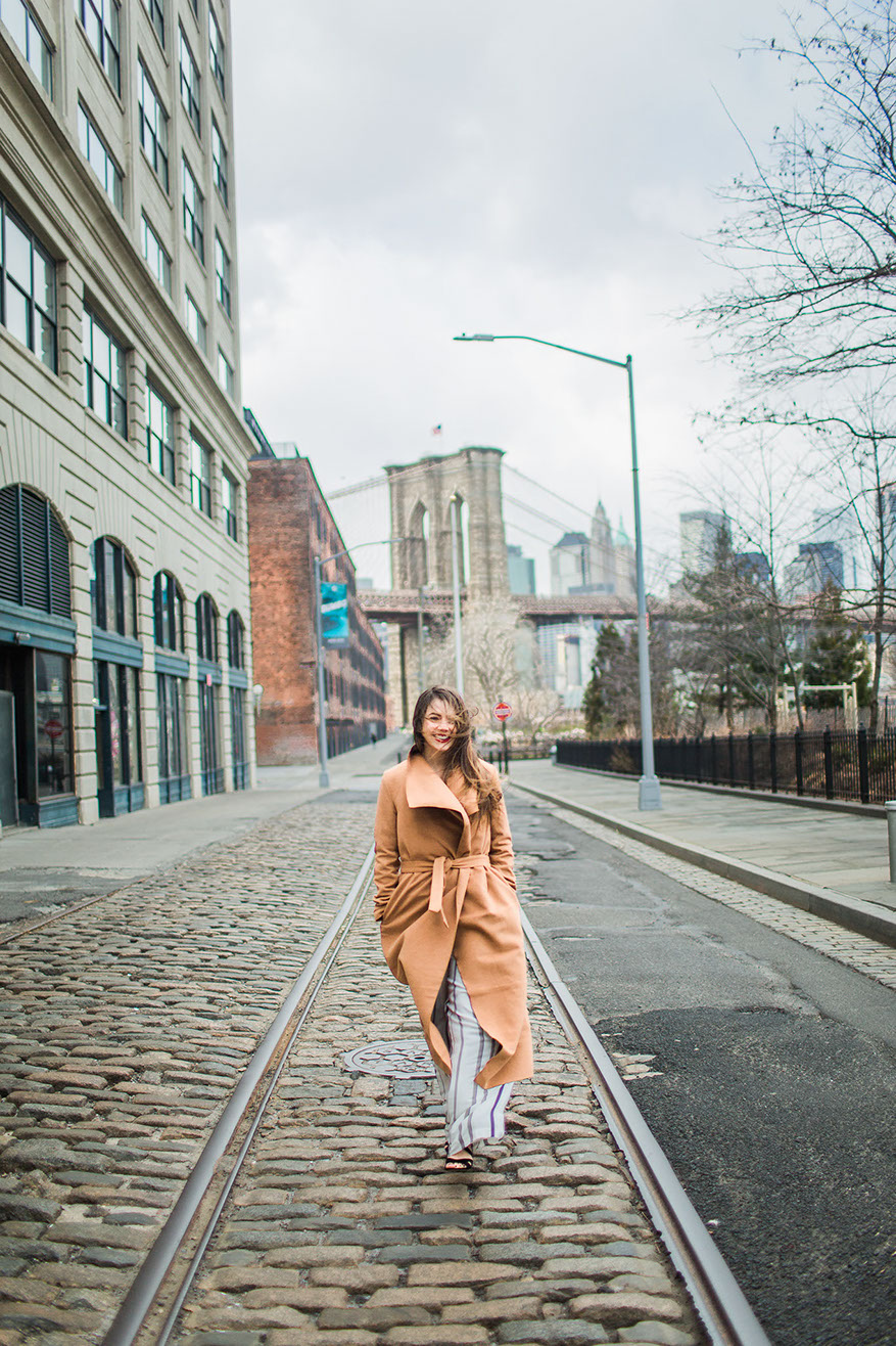 Stylish Fashion outfit for engagement session, New York , Dumbo